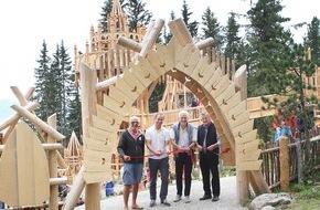 Zillertal Arena: Das neue Fichtenschloss auf der Rosenalm ist offiziell eröffnet