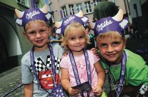 """Alpenregion Bludenz: """"Lila-Zeitreise"""" am 7. Juli in der Alpenstadt Bludenz Milka Schokofest 2012 -  für die ganze Familie"""
