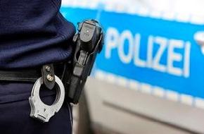 Polizeipressestelle Rhein-Erft-Kreis: POL-REK: Raub in Wohnung - Kerpen