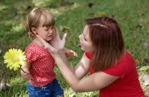 DVAG Deutsche Vermögensberatung AG: Eltern aufgepasst: Babysitter müssen ausreichend versichert sein