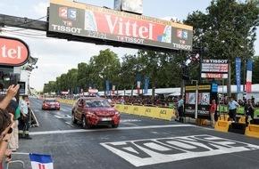 Skoda Auto Deutschland GmbH: Finale der Tour de France: SKODA KODIAQ fährt als Erster über die Ziellinie