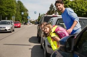 ADAC: Sicher zur Schule: Übung macht den Meister / ADAC-Tipps für den Schulweg