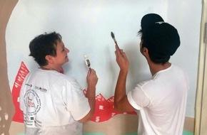 Malteser Hilfsdienst e.V.: Nadine und Ahmad verschönern die Flüchtlingsunterkunft / Unternehmen stellen Mitarbeiter für Hilfsprojekte frei