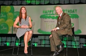 Morinda Deutschland GmbH: Brooke Shields Überraschungsgast auf Morinda Firmen-Event in Hawaii / Schauspielerin Teil der TruAge-Kampagnen-Ankündigung des Unternehmens