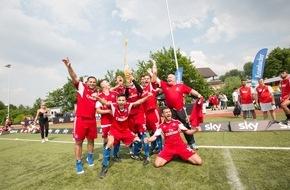 """Sky Deutschland: """"Hamburger SV Fanclub Moin Moin"""" ist Deutscher Fußball-Fanmeister 2016 (FOTO)"""