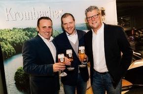 Krombacher Brauerei GmbH & Co.: Vertragsverlängerung zwischen Krombacher Brauerei und GOFUS e.V. - Treue Partnerschaft hat sich bewährt