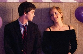 """ProSieben Television GmbH: High School ist die Hölle: """"Vielleicht lieber morgen"""" mit Emma Watson und Logan Lerman am 21. Januar 2015 auf ProSieben"""
