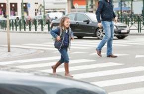 DVAG Deutsche Vermögensberatung AG: Schulanfänger: Sicher zur Schule und zurück / Die DVAG rät Eltern zu ausreichendem Unfallschutz und gibt Tipps zum sicheren Verhalten im Straßenverkehr