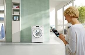 """Miele & Cie. KG: IFA 2015: Miele präsentiert das erste vernetzte Dosiersystem der Welt / Wäschepflege: Automatische Meldung und mobile Bestelloption mit """"EditionConn@ct"""""""
