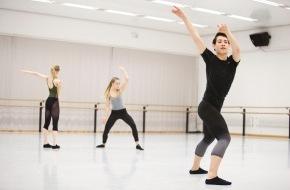 Migros-Genossenschafts-Bund Direktion Kultur und Soziales: Pour-cent culturel Migros: concours de danse 2014 / La fine fleur des jeunes danseurs (IMAGE)