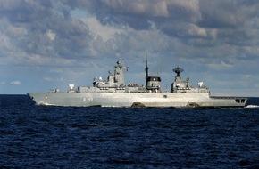 """Presse- und Informationszentrum Marine: Fregatte """"Bayern"""" bricht zum Horn von Afrika auf"""
