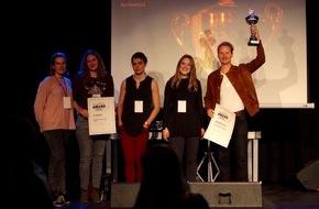 Caritas Schweiz / Caritas Suisse: youngCaritas würdigt das soziale Engagement von jungen Menschen: Selbstgebaute Surfboards für eine gerechtere Welt