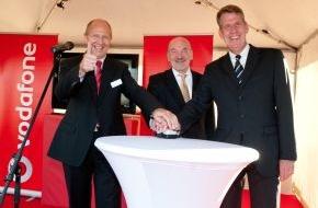 Vodafone GmbH: Turboschnelles Surfen in der weißen Stadt am Meer / - Vodafone schaltet ersten LTE-Standort in Heiligendamm / - Ziel für 2010: Über 1.000 Gemeinden in ganz Deutschland (mit Bild)