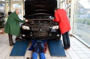 AUTO BILD: AUTO BILD-Verbrauchertest: Gebrauchtwagenprüfer arbeiten unzuverlässig und erstellen fehlerhafte Gutachten