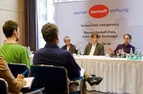 """Werner Bonhoff Stiftung: """"Werner-Bonhoff-Preis-wider-den-§§-Dschungel"""" 2013 geht an Jungunternehmer Tim Wessels aus Hamburg / Mit Online-Petition und Dialog gegen geplante Rentenpflicht für Selbstständige"""
