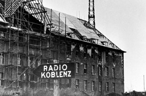 """SWR - Südwestrundfunk: """"Achtung, Achtung, Radio Koblenz nimmt heute seine Sendungen auf!"""" / 70 Jahre SWR-Studio Koblenz am 14. Oktober 2015"""