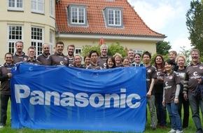 Panasonic Deutschland: Panasonic Mitarbeiter packen auf dem Kupferhof an / Zusammen mit KIEZHELDEN unterstützen die Hamburger Mitarbeiter die Ferienanlage für Kinder mit Behinderung des Vereins Hände für Kinder e.V.