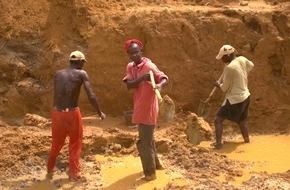 ZDFinfo: Sierra Leone zwischen Party, Pandemie und Pleite: ZDFinfo-Doku über den westafrikanischen Staat im Spannungsfeld von Blutdiamanten und Ebola