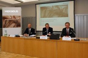 Heraeus Holding GmbH: Bilanzpressekonferenz: Heraeus setzt Rekordkurs in 2011 fort