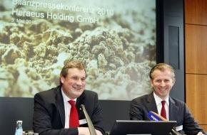 Heraeus Holding GmbH: Bilanzpressekonferenz: Heraeus erreicht positives Ergebnis in 2009 und startet rasant in 2010