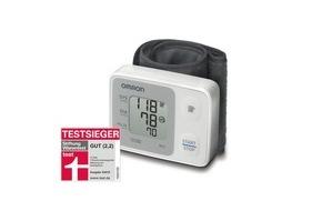 OMRON Medizintechnik: Testsieger: Das Handgelenk-Blutdruckmessgerät RS2 von OMRON