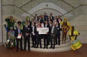 Science4Life e.V.: Großer Nutzen für Gesundheit, Umwelt und Wirtschaft:  Gründerinitiative prämiert die besten Innovationen / Idee zur sicheren Speicherung von Wasserstoff gewinnt Science4Life Venture Cup 2014