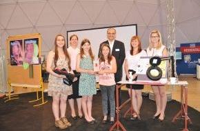 Christoffel Blindenmission e.V.: CBM zeichnet junge Erfinder aus / Hessentag: Verleihung der Jugend-forscht-Bundessonderpreise