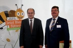 """Deutscher Imkerbund e. V.: Für Verbesserung der Nahrungsbedingungen über den Tellerrand schauen 2. Bienenkonferenz """"Bienen in der Kulturlandschaft"""" tagt in Berlin"""
