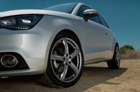 Delticom AG: Schöner Autofahren: Neue sportliche Looks, schnell und komfortabel / Mit dem Online-Komplettradkonfigurator zum neuen Rad / Edel, dezent oder Eye-catcher - wie es euch gefällt