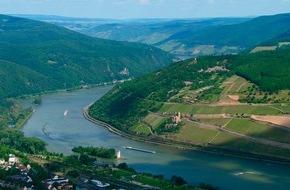 """SWR - Südwestrundfunk: Der Rhein aus der Vogelperspektive  Ben Becker spricht den """"Vater Rhein"""" in der 90-minütigen Dokumentation """"Rheingold - Gesichter eines Flusses"""""""