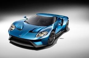 Ford-Werke GmbH: Ford serviert Hochleistungsmenü: Ford Focus RS feiert Publikumsdebüt, Europapremiere für den Ford GT
