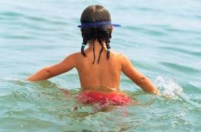 DVAG Deutsche Vermögensberatung AG: Badeunfälle: Eltern überschätzen oft ihr Kind