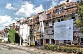 Deutsche Energie-Agentur GmbH (dena): Klimaschutz dank Energieeffizienz: Heilbronner Wohnanlage spart jährlich 30 Tonnen CO2 ein / Mieter haben großes Interesse an energetisch modernisierten Wohnungen