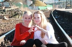 Bundespolizeiinspektion Konstanz: BPOLI-KN: Selfies im Gleisbereich - Mädchengruppe begab sich bei Engen in Lebensgefahr