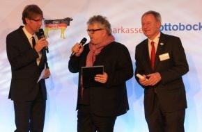 Otto Bock HealthCare GmbH: Paralympics-Leidenschaft in der DNA verankert - Deutscher Behindertensportverband verleiht Ehrenpreis an Professor Hans Georg Näder