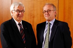 Zentralverband der Deutschen Geflügelwirtschaft e.V.: Leo Graf von Drechsel neuer Präsident der Geflügelwirtschaft - Gerhard Wagner zum Ehrenpräsidenten ernannt (mit Bild)