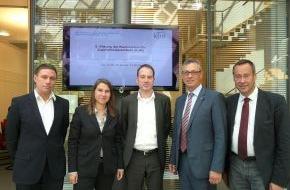 Kommission für Jugendmedienschutz (KJM): Google zu Gast in der KJM: Diskussion über Verbesserungen im Jugendschutz