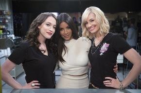"""ProSieben Television GmbH: Lecker! Kim Kardashian zeigt ihre süße (Kehr-)Seite bei """"2 Broke Girls"""" auf ProSieben"""