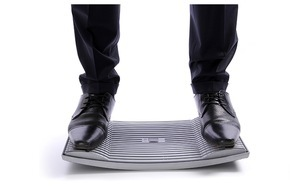 """ERGOTRADING GmbH: Weltneuheit: Gymba - das Aktivierungsbrett- """"Gehen im Stehen"""" / Bewegung bei der Arbeit im Büro, unkomplizierte Aktivierung zwischendurch, Gleichgewichtstraining"""