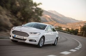 Ford-Werke GmbH: Ford startet die Produktion des neuen Ford Mondeo Hybrid - dem ersten Hybrid-Fahrzeug von Ford in Europa (FOTO)