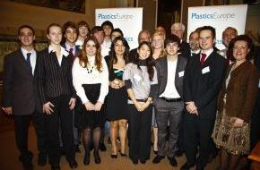 PlasticsEurope Deutschland e.V.: Europäisches Jugendparlament in Rom (mit Bild) / Kunststoffe als Problemlöser nutzen / Jugendliche aus acht Ländern diskutierten über Nachhaltigkeit