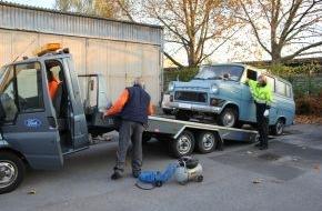 Ford-Werke GmbH: Ford unterstützt DOMiD / Ford holt Original Transit ins Werk zur Restaurierung / DOMiD wird das authentisch restaurierte Fahrzeug als Ausstellungsstück nutzen