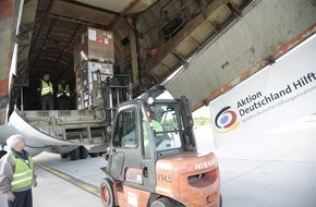 """Aktion Deutschland Hilft e.V: Erdbeben Nepal: """"Aktion Deutschland Hilft"""" entsendet Hilfsflieger ab Frankfurt-Hahn / Fünf Mitgliedsorganisationen des Nothilfe-Bündnisses versenden 30 Tonnen Hilfsgüter für Betroffene nach Kathmandu"""