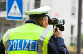 Polizeipressestelle Rhein-Erft-Kreis: POL-REK: Verkehrsunfall auf regennasser Fahrbahn - Kerpen