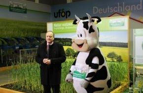 Forum Moderne Landwirtschaft: Innovation und Tradition - Landwirtschaft verbindet - Unter diesem Motto präsentierte Joachim Rukwied die Höhepunkte des ErlebnisBauernhofes 2014