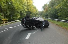 Polizeipräsidium Koblenz: POL-PPKO: Unfall am Remstecken - Pkw-Fahrer leicht verletzt