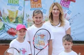 Teekanne GmbH & Co. KG: Prominente Tennisstunde in Ludwigshafen: Eiskalt serviert mit Stefanie Graf