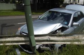 Polizeipräsidium Westpfalz: POL-PPWP: Unfalltotalschaden nach Schwindelanfall