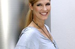 """SAT.1: Verena Wriedt moderiert """"STARS & stories"""" -  das neue Promi-Magazin ab 21. Juni 2009, um 22.15 Uhr in Sat.1"""