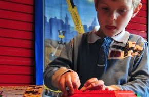 LEGO GmbH: Weltweiter LEGO Bauwettbewerb: Frederik aus Köln ist der kreativste LEGO Bauer Deutschlands